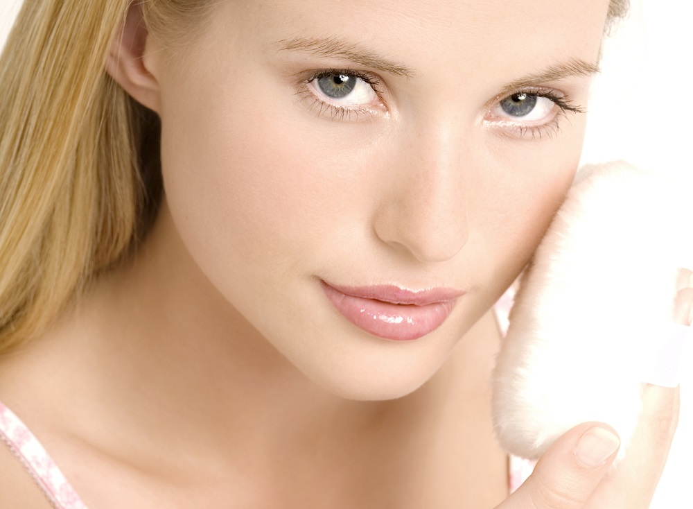 Почему ваша кожа реагирует раздражением на то, что другую «такую же» радует?